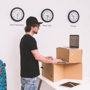 Switch Stance – The portable, ultra-affordable standing desk.